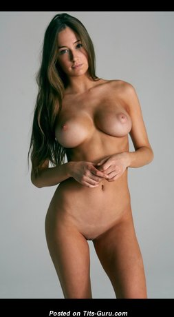 Grand Topless Babe (Hd Sex Pic)