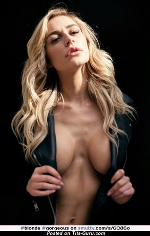 Kate Compton - Hot Glamour Blonde Babe with Hot Nude Medium Sized Knockers is Undressing (Xxx Pix)