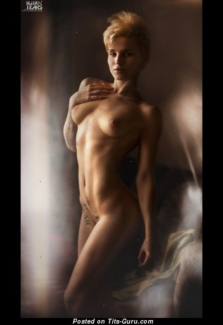 Image. Nude blonde with medium natural tittes image