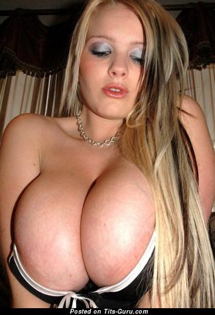 Image. Nude wonderful girl photo