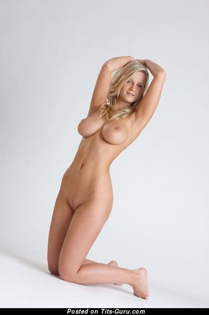 Image. Nude hot woman photo