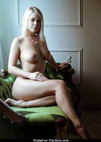 Image. Sexy nude blonde with natural boob pic