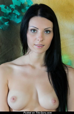 Nude awesome woman with natural tittes picture