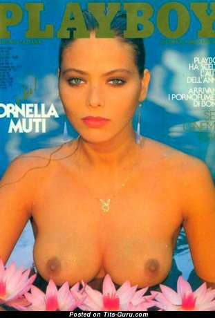 Ornella Muti - nude brunette with medium tots image