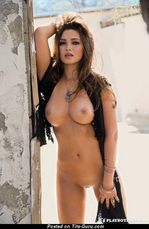 Chelsie Aryn - naked amazing lady with medium tittes photo