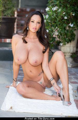 Elegant Brunette Babe with Elegant Defenseless Silicone G Size Jugs (Hd Sex Photo)