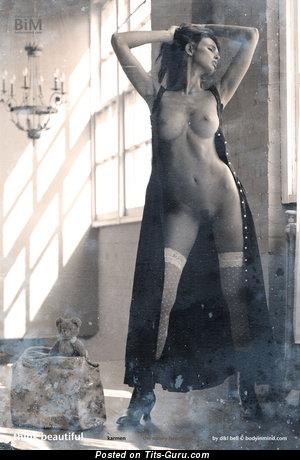 Nude wonderful girl pic