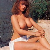 Joanne Latham - amazing woman with big natural breast photo