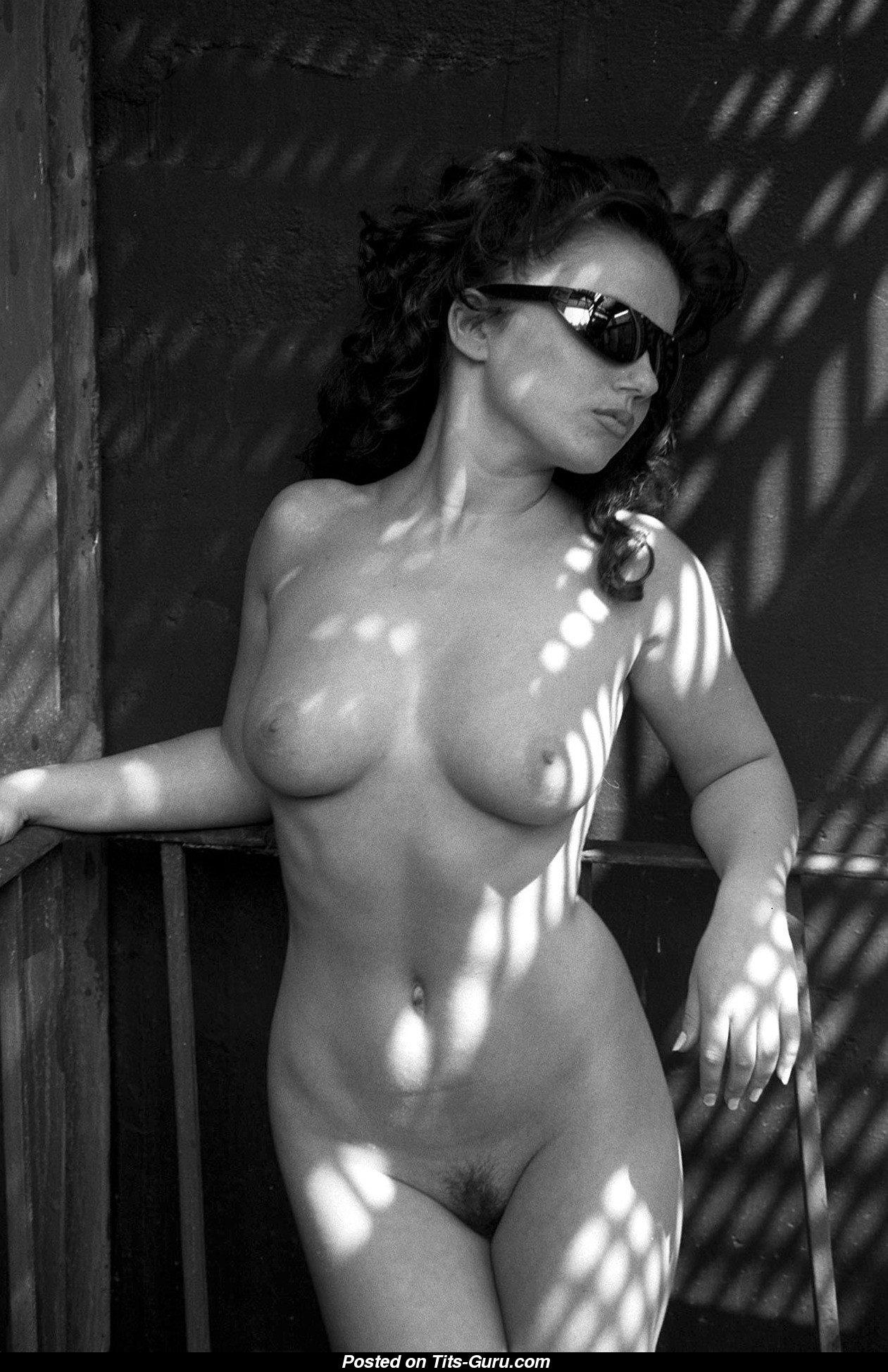 Geri Halliwell - Azijska igralka z rdečimi lasmi z golo resnično puloverje xxx Image 08072018 212004-7605