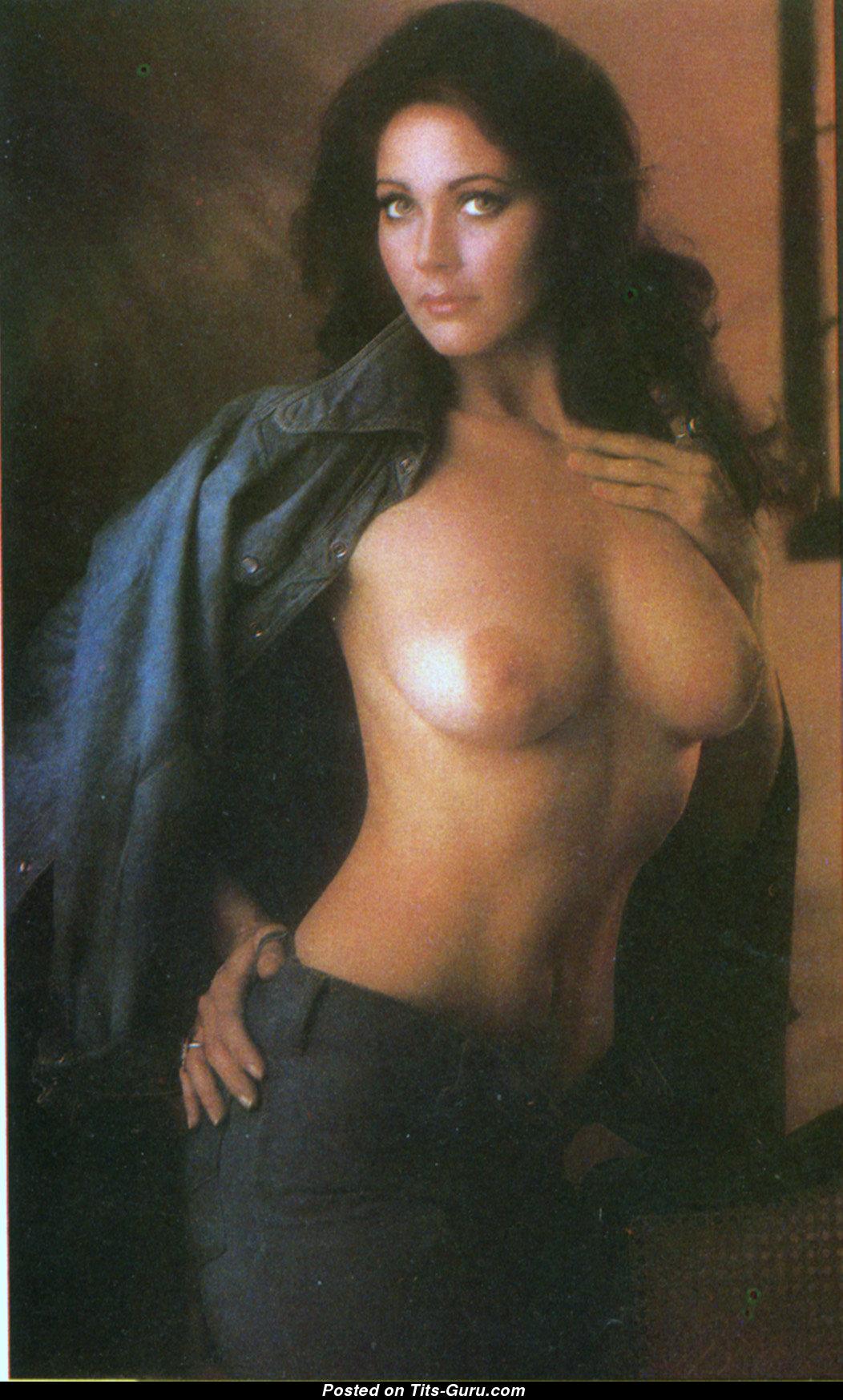 Linda Carter Tits