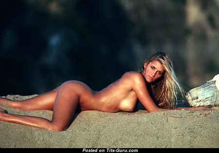 Kymberly Herrin - Pleasing Topless American Playboy Blonde with Pleasing Exposed Natural Busts (Hd Xxx Foto)