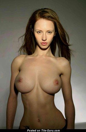 Katarina Olendzskaia - sexy naked nice lady with medium natural boobies pic