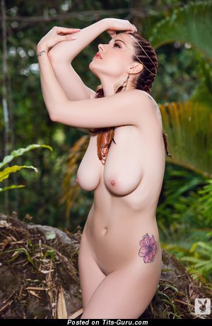 Image. Elizabeth Marxs - naked red hair with medium natural tittes photo