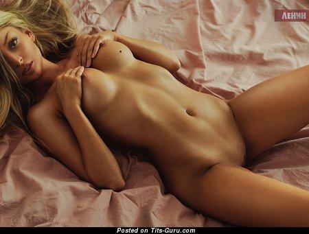 Sexy nude amazing female image