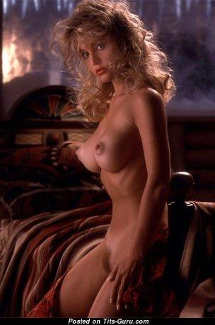 Suzi Simpson - Stunning Unclothed American Playboy Blonde (Porn Foto)