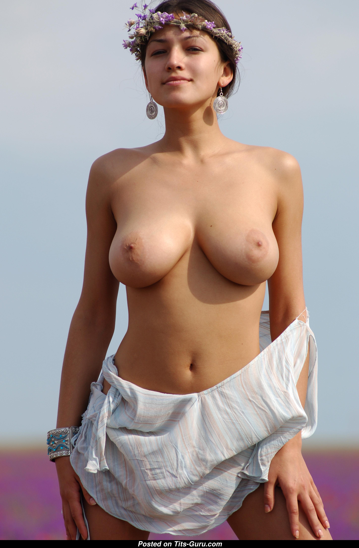 Sofi A - Doll With Bald Natural Mega Tit 18 Image 1408 -8591