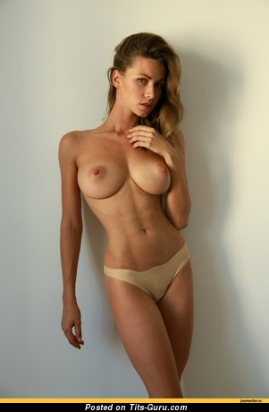 Image. Naked amazing woman with big tittys image