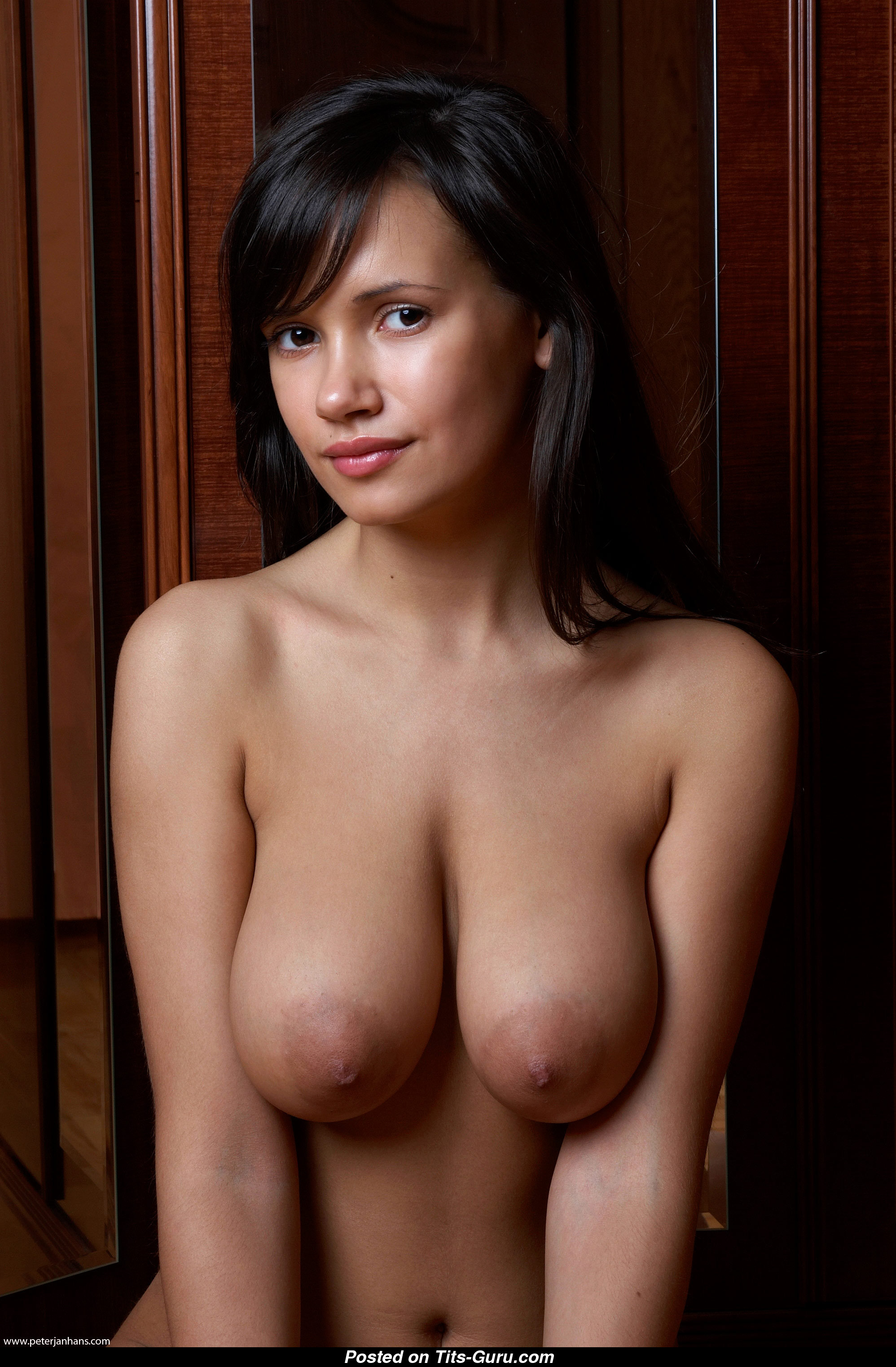 Alona - Woman With Defenseless Real Medium Sized Chest 18 Pic 1302 -3141