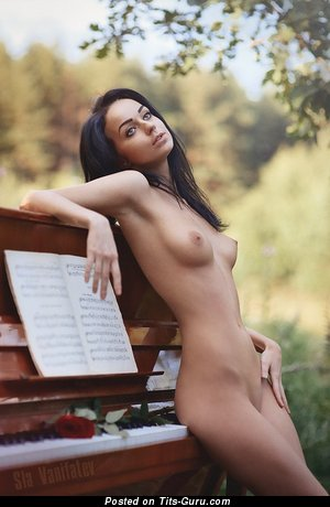 Image. Alena Smirnova - nude beautiful woman with medium natural breast image