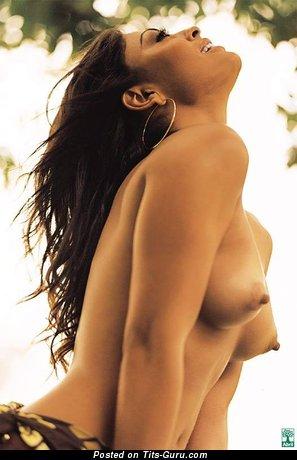 pornstar-julia-paes-hot-sexy-girl-masterbating-in-class