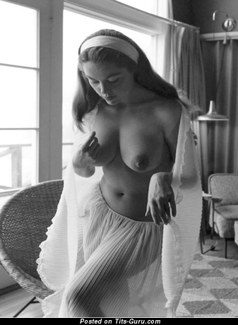 Image. Marguerite Empey - sexy nude awesome female with big natural tittys vintage