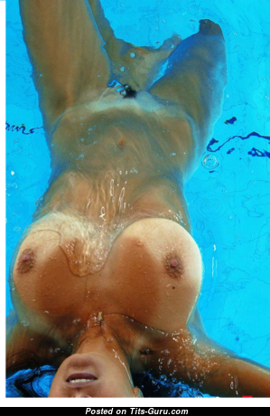 Gretta - Awesome Wet, Topless & Glamour Brunette with Red Nipples, Tan Lines in the Pool (Sexual Pic)