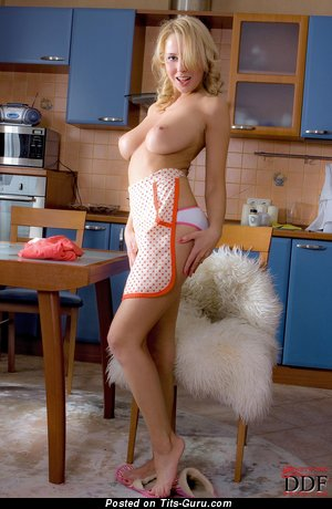 Image. Mandy Dee - nude wonderful lady with medium natural tittes pic