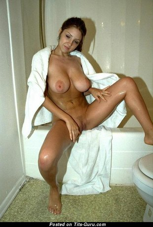 Image. Barbara Baines - naked hot female with big boobs photo