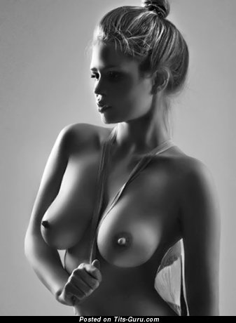 Sexy naked wonderful girl with medium natural boobies picture
