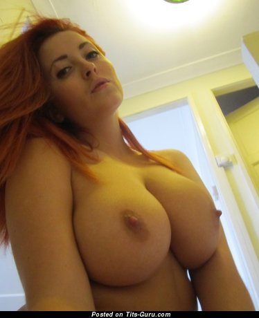 Image. Naked wonderful woman with big boob pic