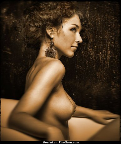 Image. Naked hot girl with medium breast picture