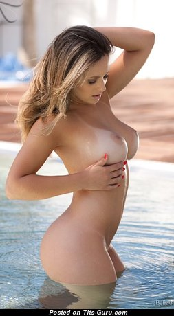 Stunning Nude Blonde with Tan Lines (Sex Photoshoot)