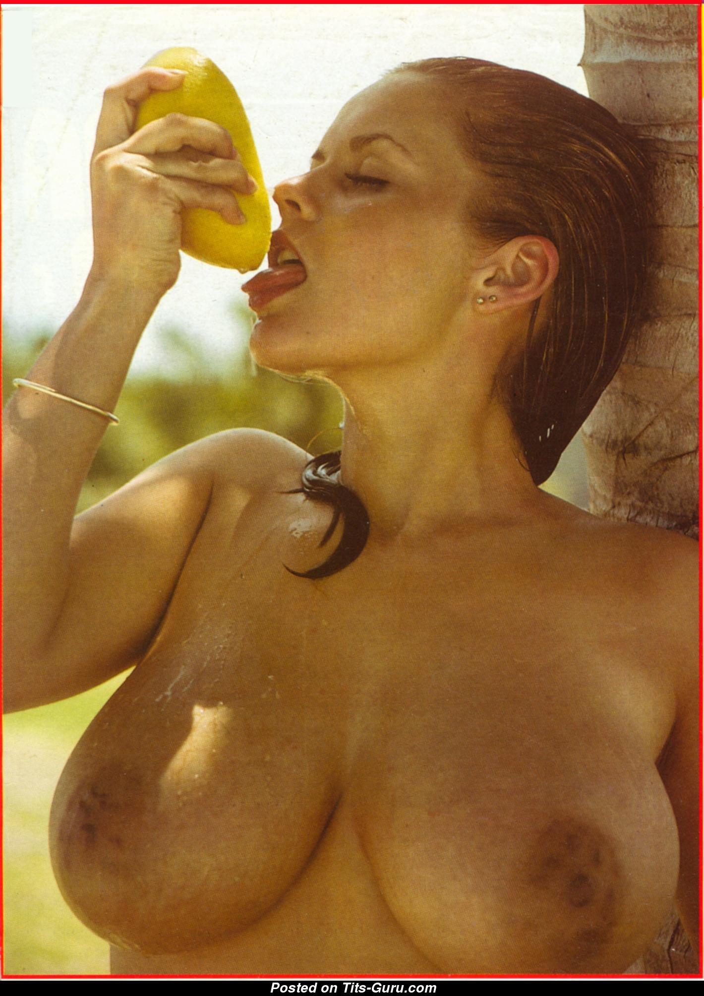 Joanne Latham - falda con Calvo Natural Medio Melones-6007
