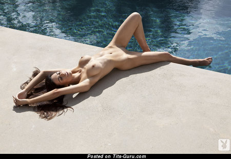 Image. Audrey Nicole - sexy topless brunette with medium breast and big nipples photo