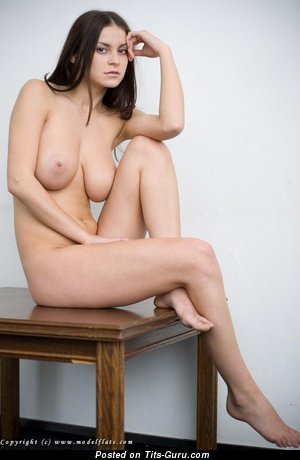 Image. Modelflats Girl - naked wonderful female with medium natural tits photo