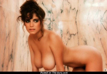 Image. Charlotte Kemp - naked beautiful lady with big natural tittes pic