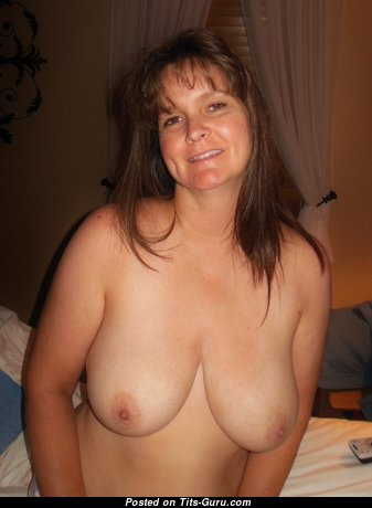 Kris - Sweet Topless Brunette Wife with Sweet Bald Real H Size Tittys & Long Nipples (Amateur Hd Sex Pix)