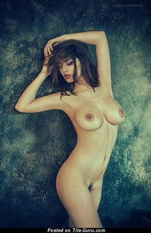 Image. Naked hot female with big boobs picture