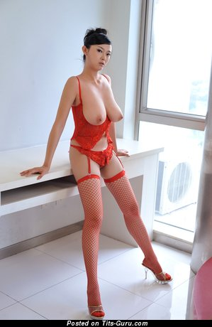 Image. Bing Yi - naked asian with big natural breast image