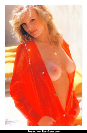 Dorothy Stratten - Sexy Topless Canadian Playboy Blonde Actress with Sexy Defenseless Real Med Chest (Vintage Hd 18+ Image)
