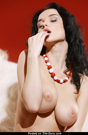 Jenya D - naked wonderful lady pic