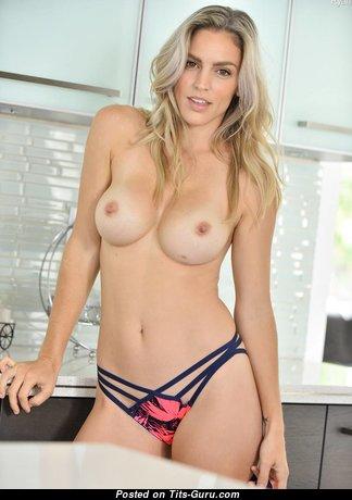Charming Topless Blonde Babe in Panties (Hd Sex Picture) #topless #hd #panties #babes #blonde #boobs #tits #nude #erotic #сиськи #голая #эротика #titsguru