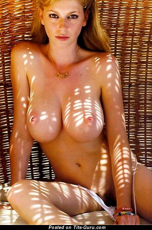 Image. Naked hot woman with big tittes pic