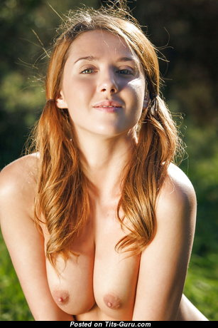 Marvelous Babe with Marvelous Open Natural Chest (Hd Sexual Foto)