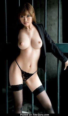 Изображение. Фотография шикарной обнажённой азиатки