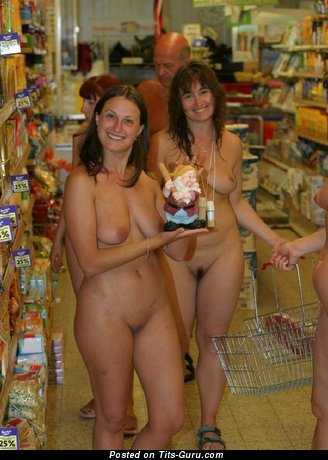 Amateur naked nice girl photo