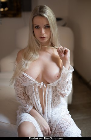 Perfect Girlfriend with Perfect Nude Natural Mid Size Titties (Hd Porn Picture)