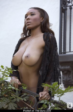 Patrice Hollis - nude ebony red hair with medium natural breast and big nipples pic
