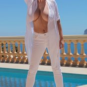 Ewa Sonnet - awesome lady with natural tittes image