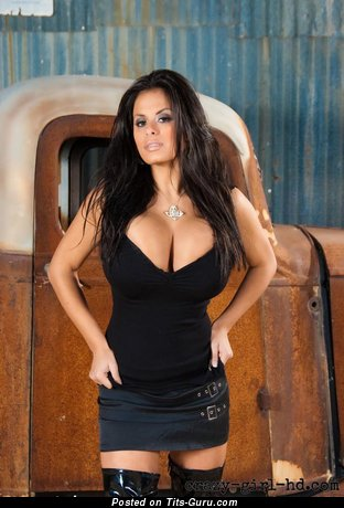 Yummy Wet Latina Playboy Brunette Babe with Yummy Bare Fake Monstrous Titties, Big Nipples, Tattoo & Piercing (Amateur Selfie Sex Photo)